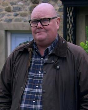 Paddy Kirk - Wikipedia