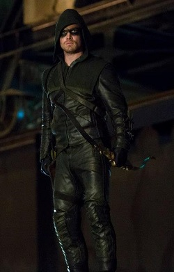 : the green arrow costume  - Germanpascual.Com