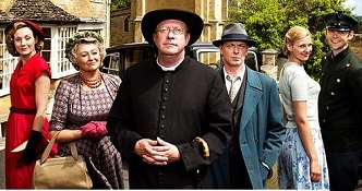 (Series One cast) Nancy Carroll, Sorcha Cusack, Mark Williams, Hugo Speer, Kasia Koleczek, and Alex Price