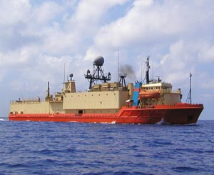 MV Cory Chouest the ship used for the experiments detailed below.  Image credit: US Navy (public domain, via Wikipedia).
