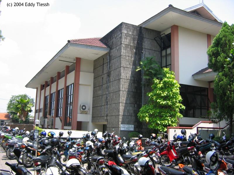 file ukdw pic03 auditorium jpg wikipedia