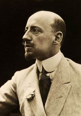 Gabriele D'Annunzio, national poet (vate) of Italy and a prominent nationalist revolutionary who was a supporter of Italy joining action in World War I Gabriele D'Anunnzio.png