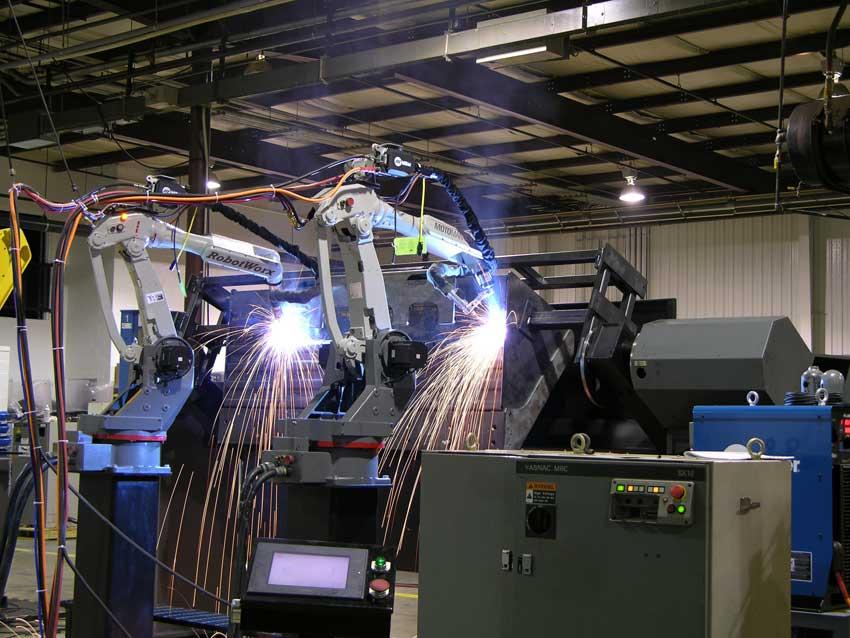 File:Robotworx-arc-welding-robots jpg - Wikipedia