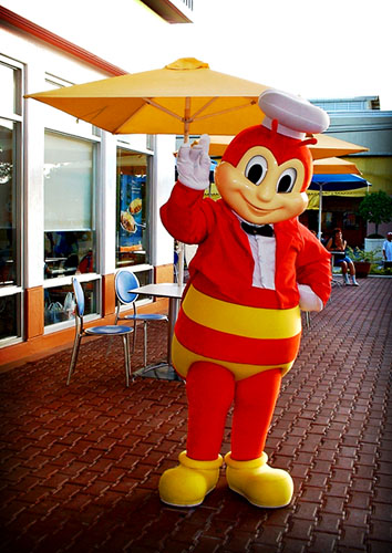 history of jollibee As a franchise, jollibee should also pay certain percentage of the revenue to the parent company in united states the economic condition and growth of the country also is an important indicator to the demand of products that jollibee offered.