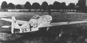 "Mega-Fabrica alemana de aviones ""Messerschmitt"""