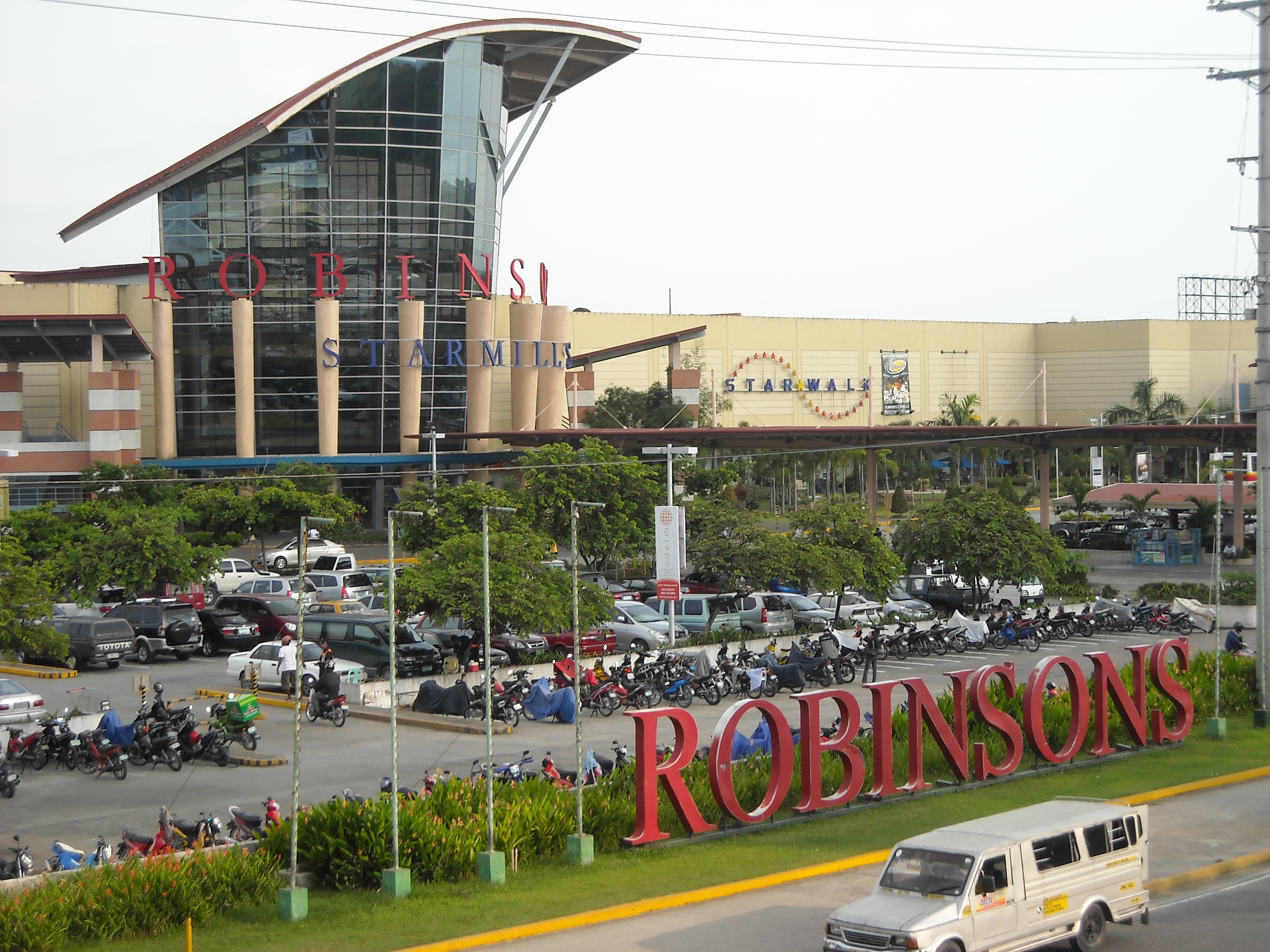Robinson Shopping Mall