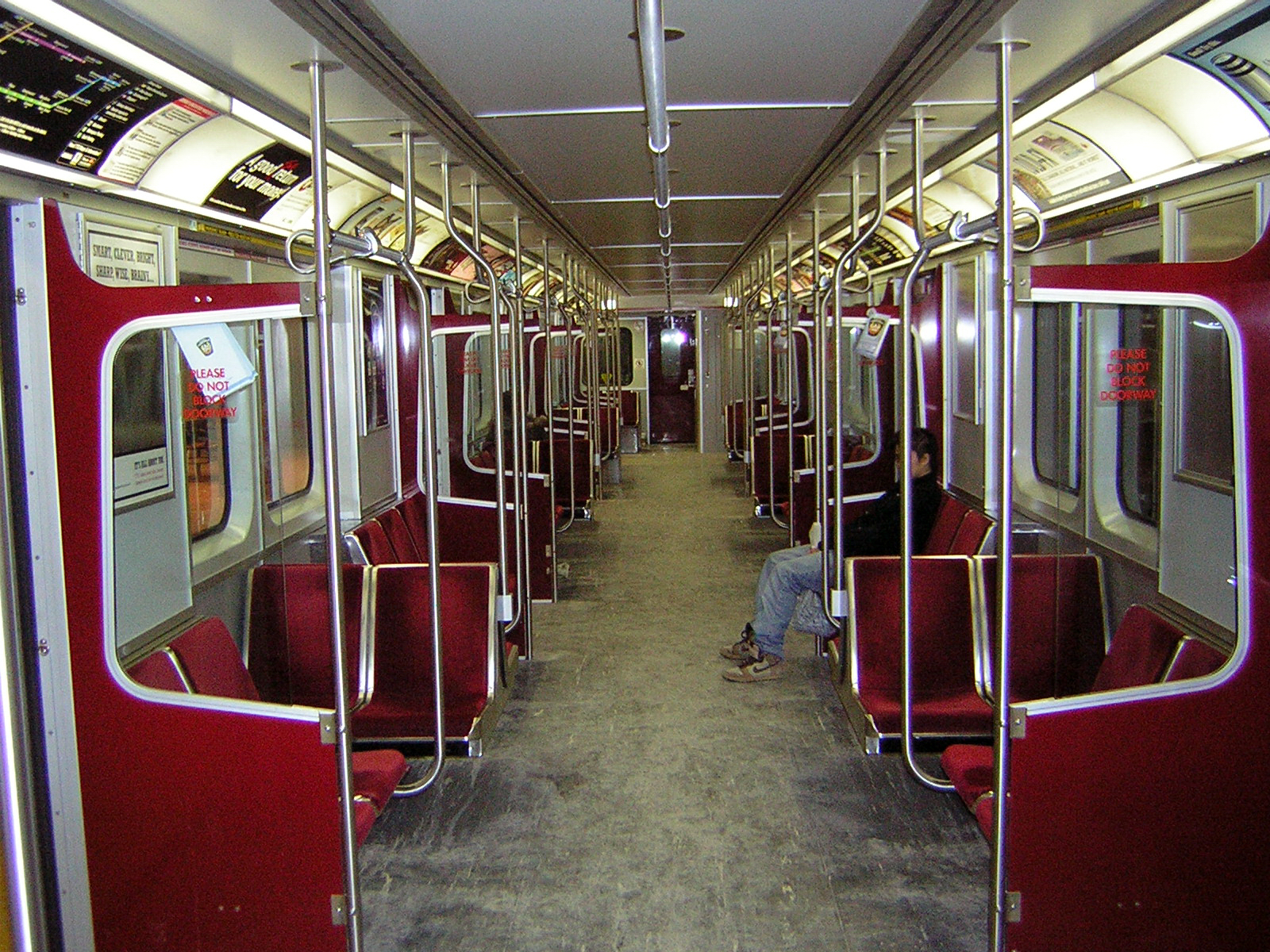 file toronto transit commission subway wikipedia. Black Bedroom Furniture Sets. Home Design Ideas