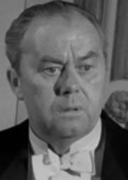 Actor Arthur Young