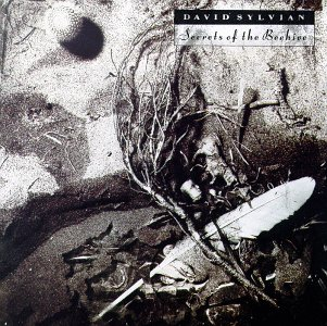 L UNLEASHED - Page 33 David_Sylvian-Secrets_of_the_Beehive_(album_cover)