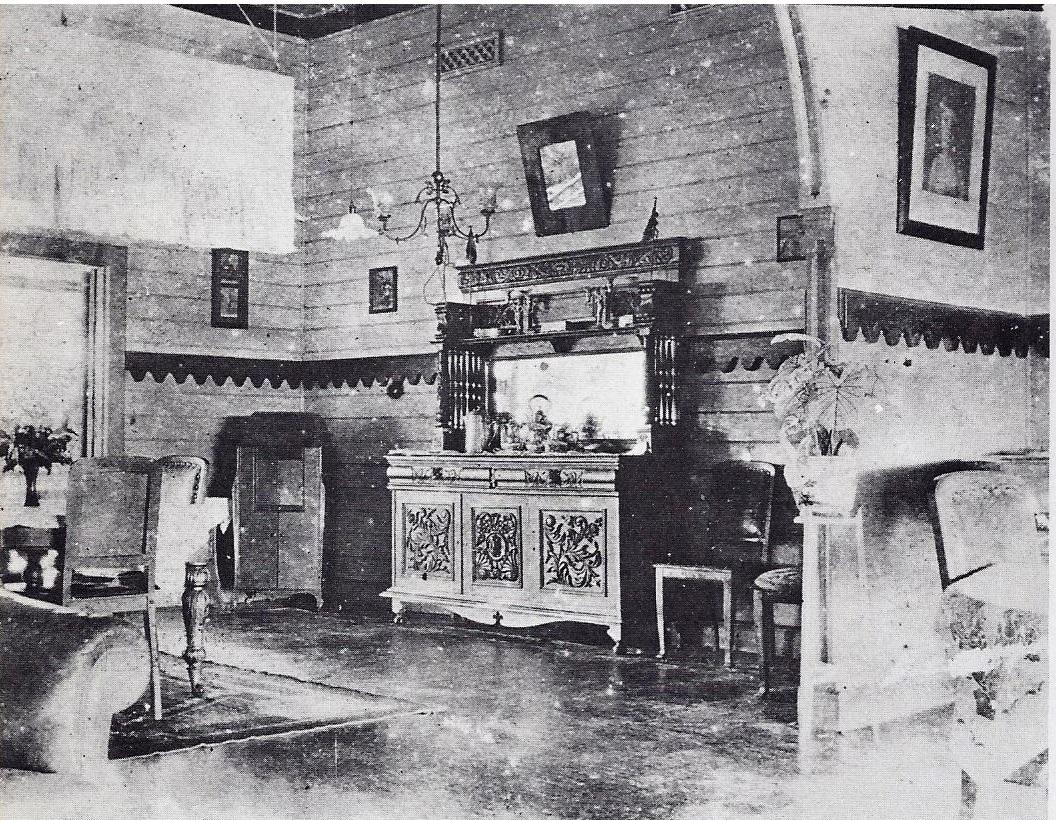 FileQueen Emmas Living Room In Rabaul 1914