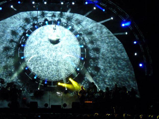 File:BritFloyd 02Arena 2011.jpg