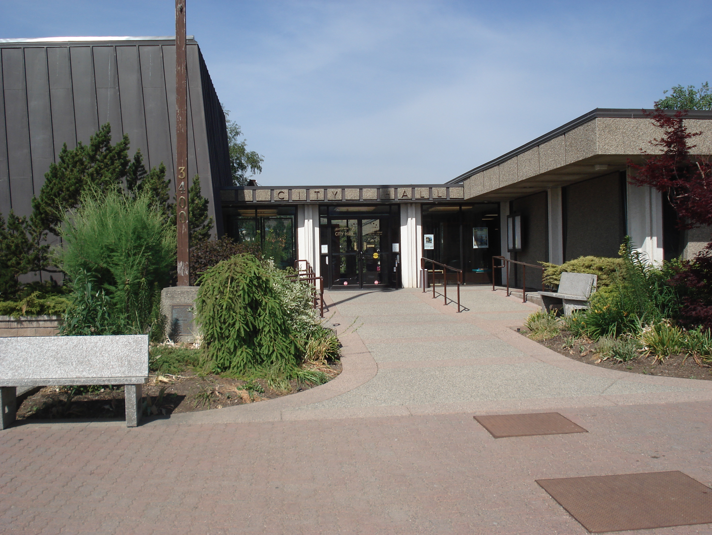 File:Vernon City Hall.JPGvernon city