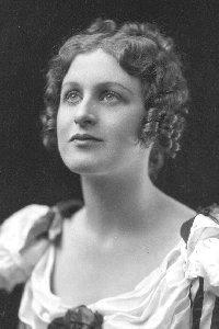 Muriel Dickson singer and actress