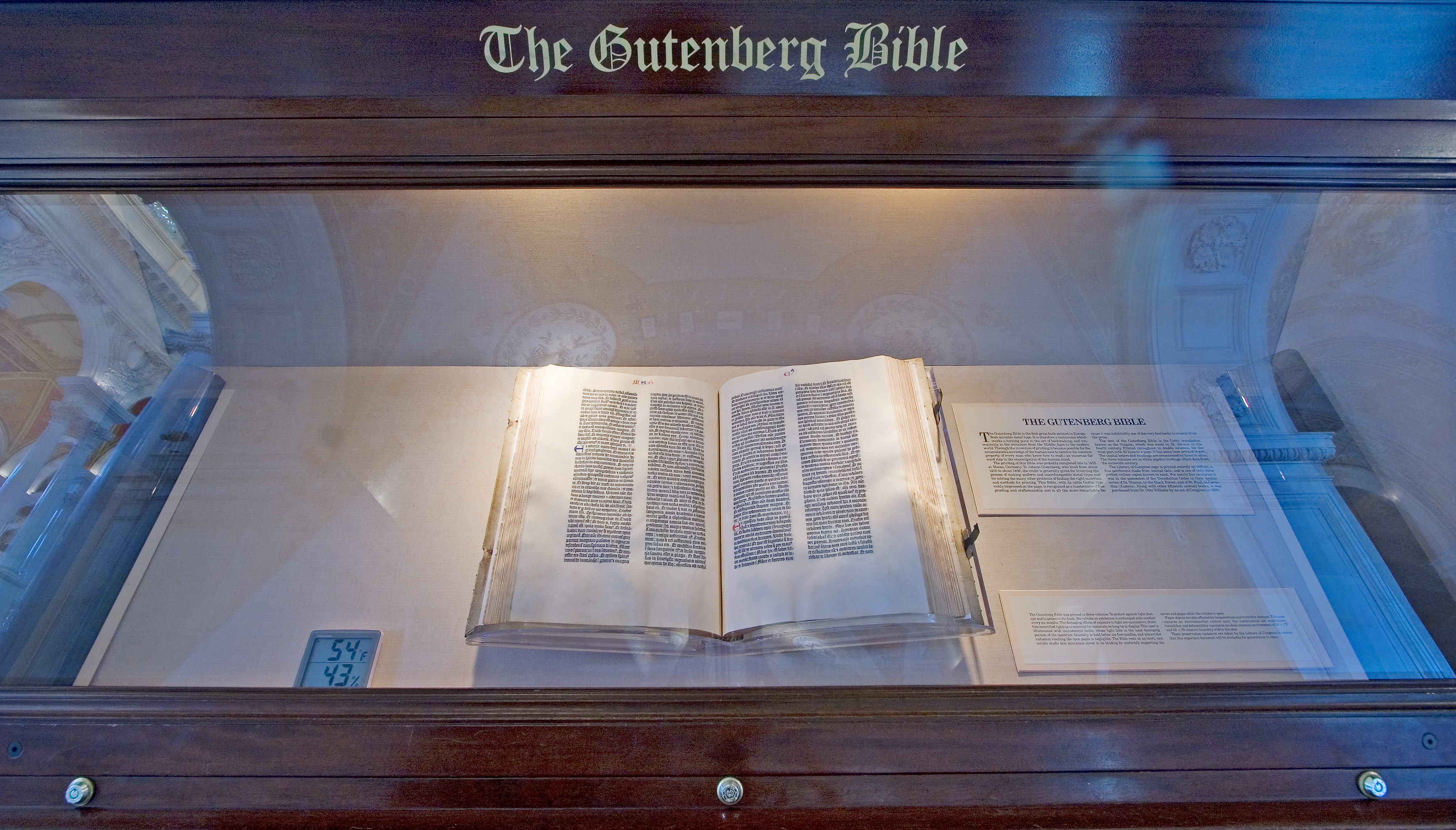 File Gutenberg Bible  On Display At The Library Of