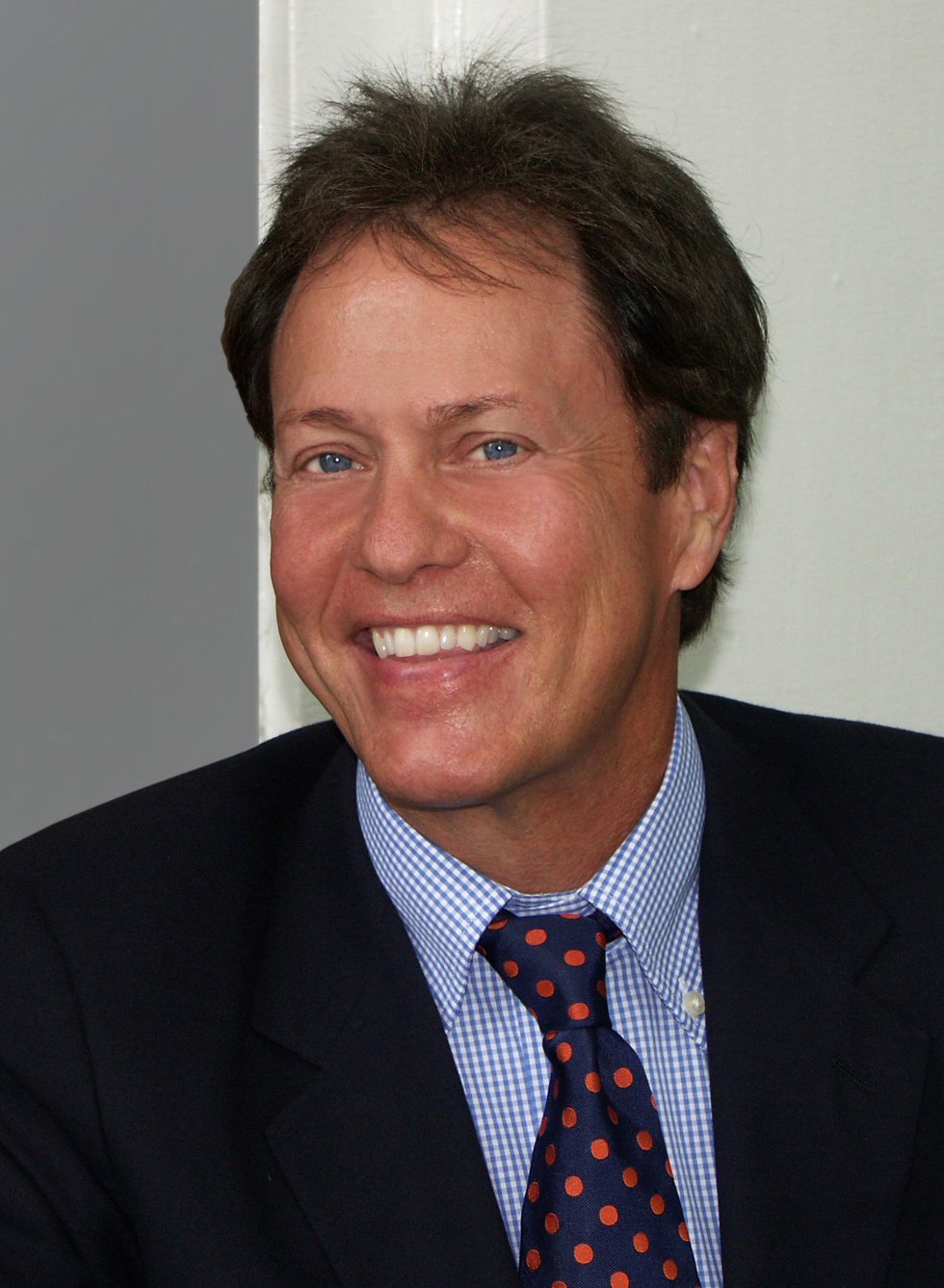The 68-year old son of father (?) and mother(?) Rick Dees in 2018 photo. Rick Dees earned a  million dollar salary - leaving the net worth at 2 million in 2018