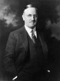 Roger Adams American organic chemist