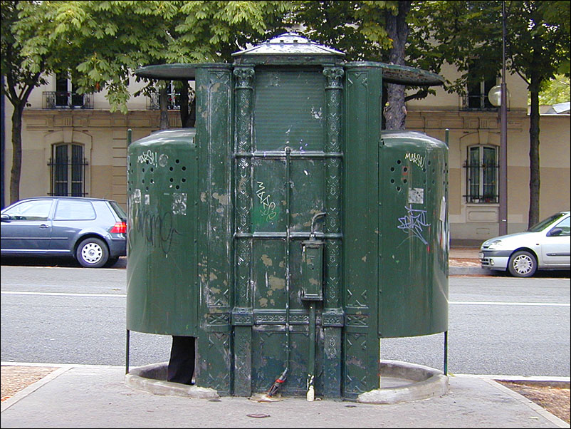 I Need To Pee Public Toilets In Paris Untapped Cities