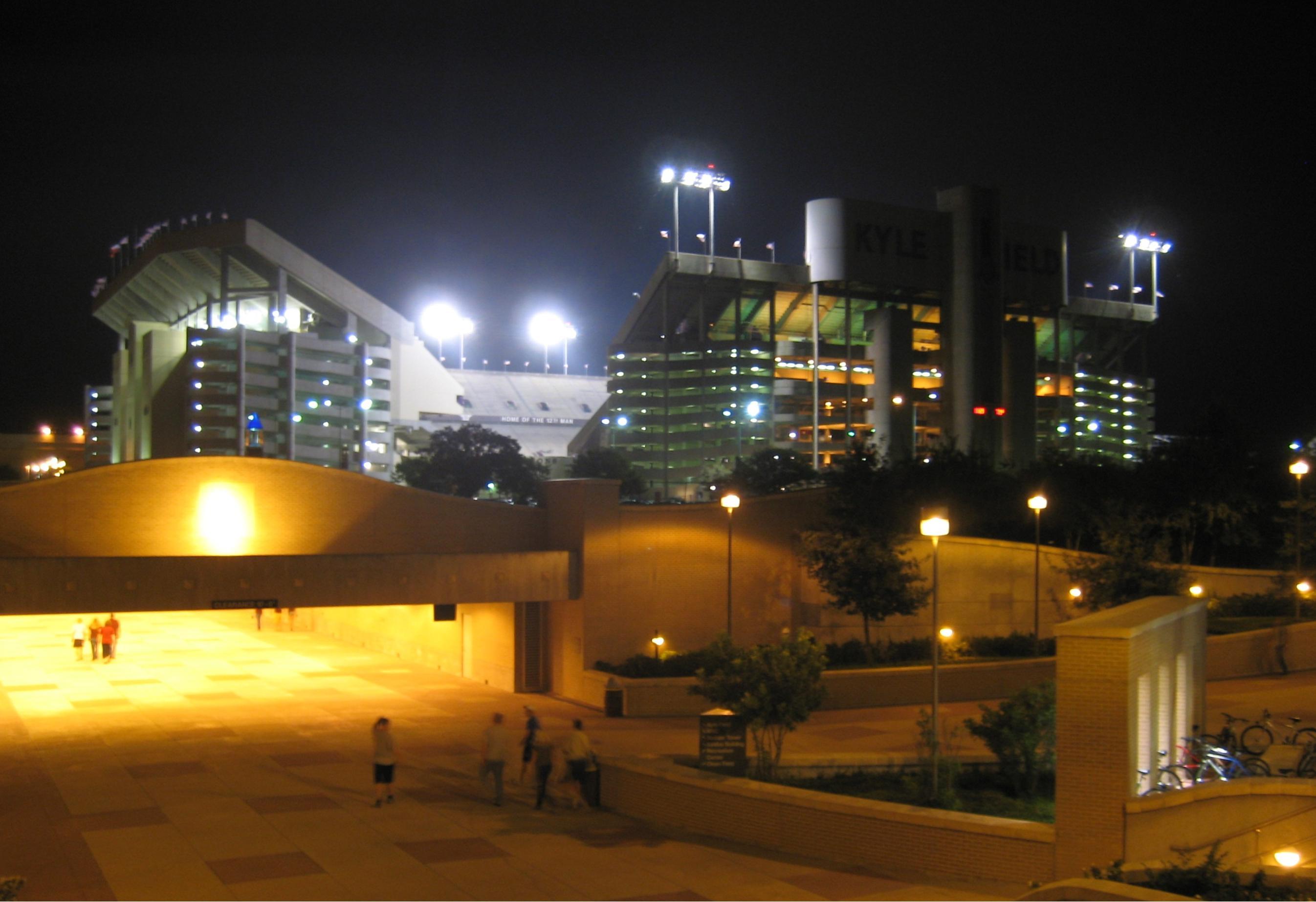 Night light wikipedia - File Kyle Field At Night Jpg