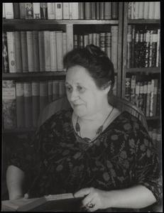 Edna Kenton