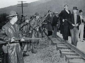 Harlan County War violent labor dispute in Kentucky