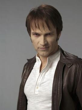 Bill Compton (Stephen Moyer) Bill_Compton