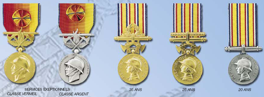 Sapeurs Pompiers honor medals