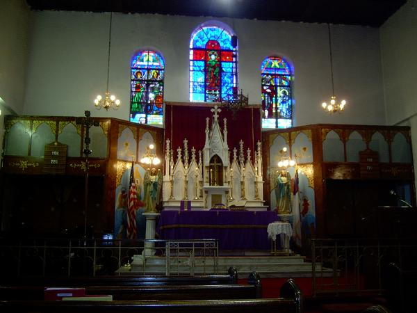St. Thomas Cathedral Altar.jpg