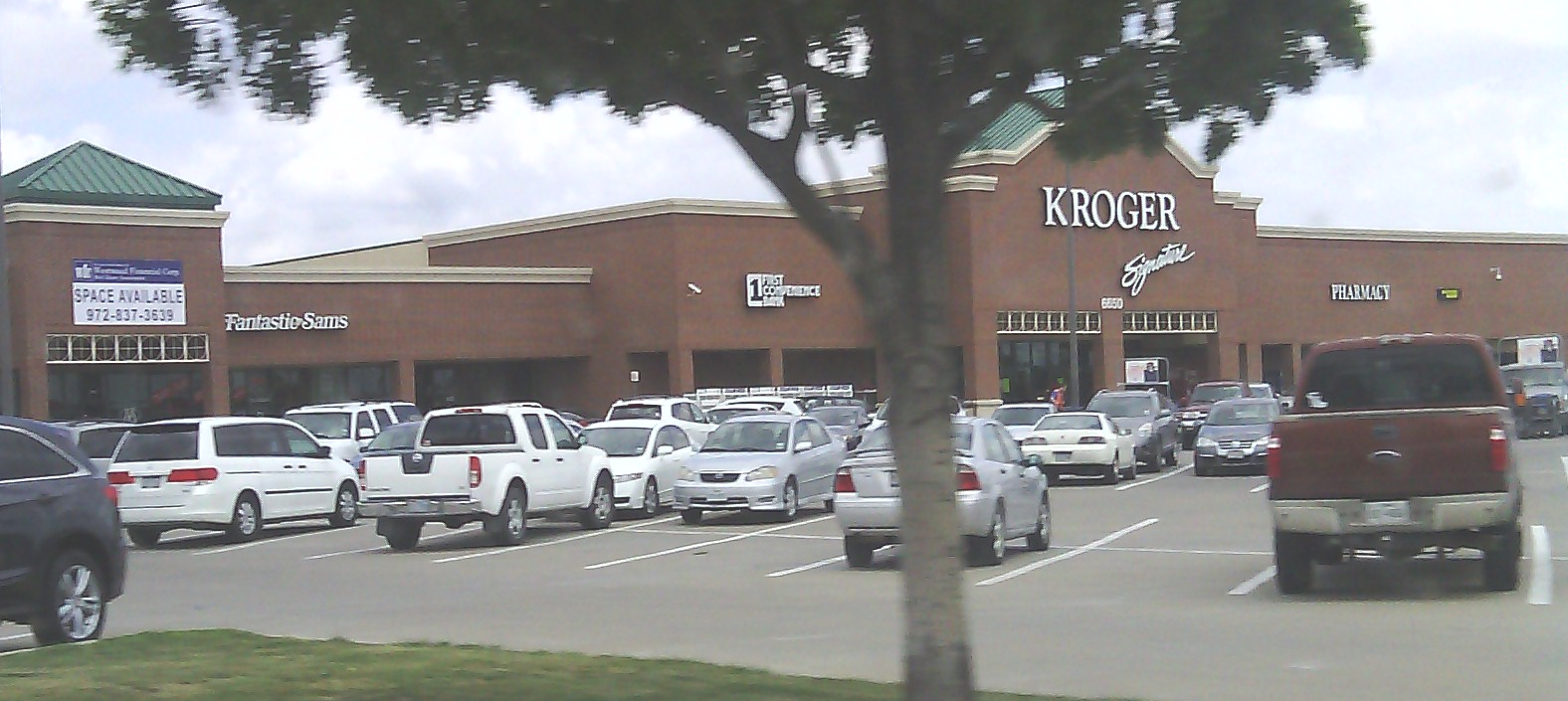 A regional kroger in fort worth texas it opened in 1997 2014