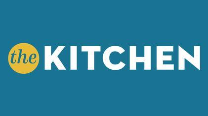 File Kitchen Tv Series Wikipedia
