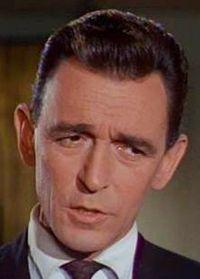 Sandy Kenyon American actor