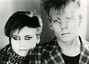 Vince Clarke and Alison Moyet of Yazoo (1982).jpg