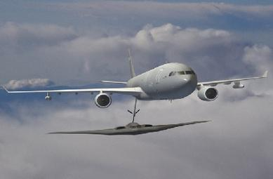 KC-45 refuelling B2 (rendering)