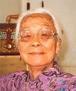 Singaporean educator, councillor, war heroine