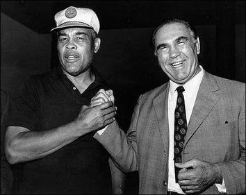 Louis and Max Schmeling, 1971. The former rivals became close friends in later life. Louis-schmeling-1971.jpg