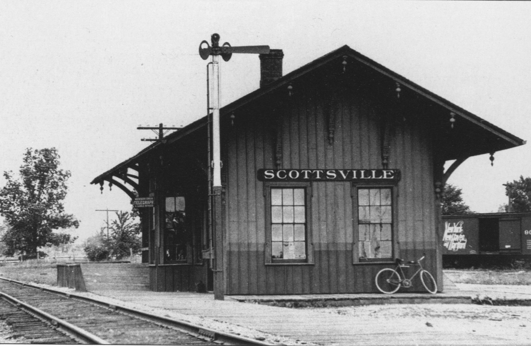 File original scottsville train wikipedia for Old black and white photos for sale