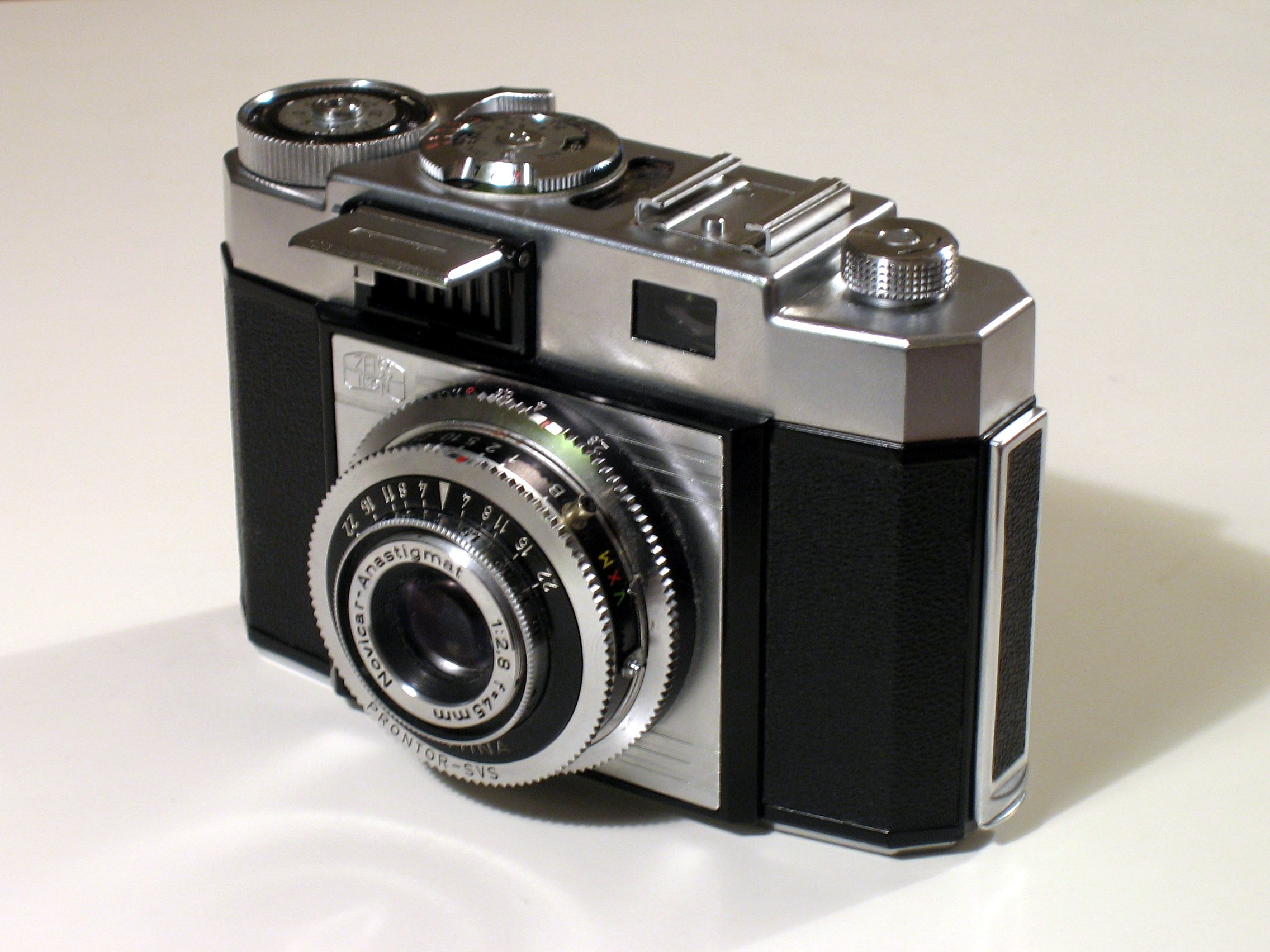 Old Fashioned Camera Pictures