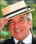 Frankie Vaughan English traditional pop music singer