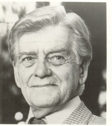 Bill Owen (actor) British actor