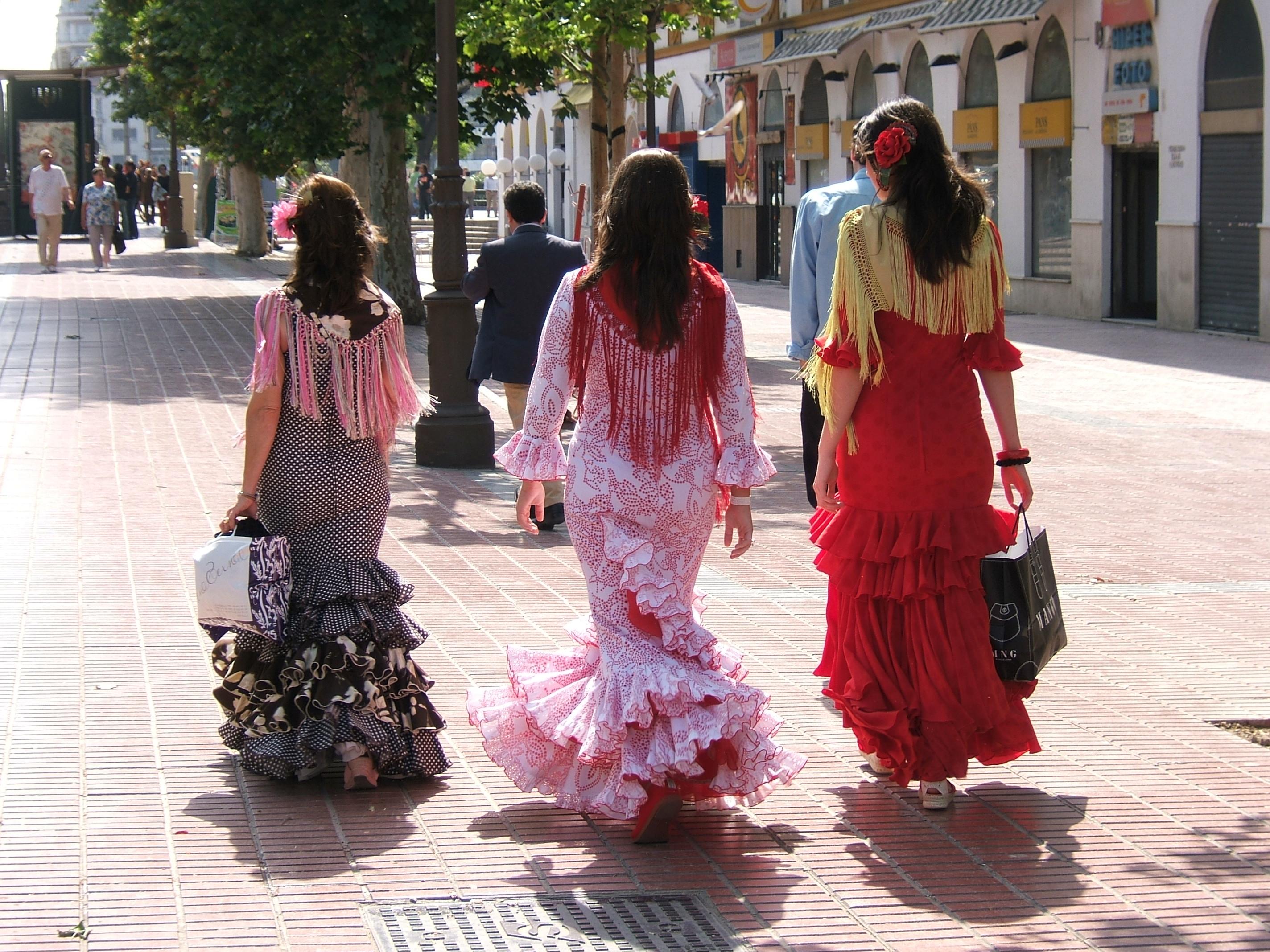 History of Spanish Flamenco Dresses