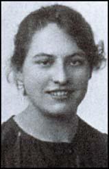 Alice Woods (footballer) English footballer
