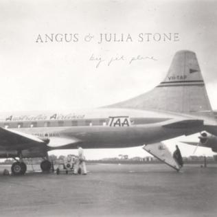 angus and julia stone paper aeroplane