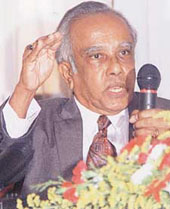 Clifford Ratwatte Sri Lankan politician