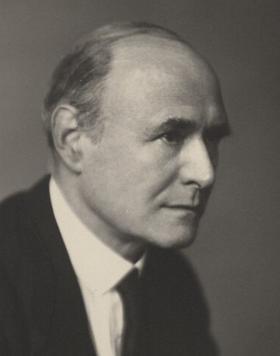 Lord Piercy 1945.jpg