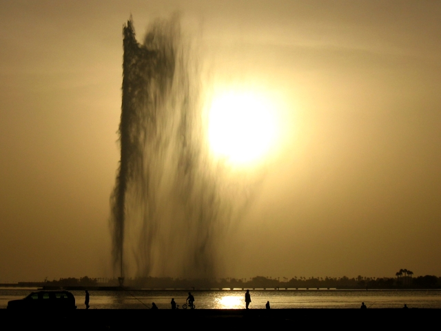 File:King Fahd's Fountain in Jeddah.jpg