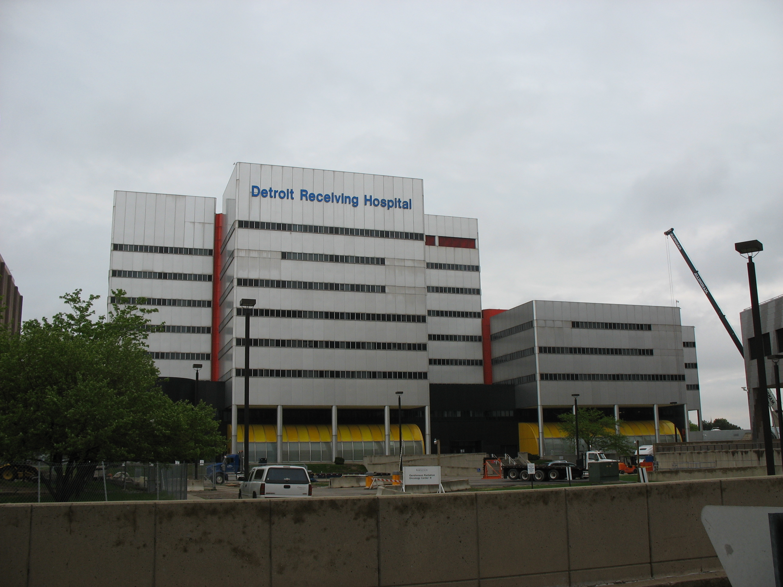 Detroit Receiving Hospital - Wikipedia