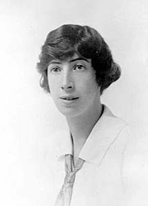 Ina D.D. Uhthoff - Wikipedia