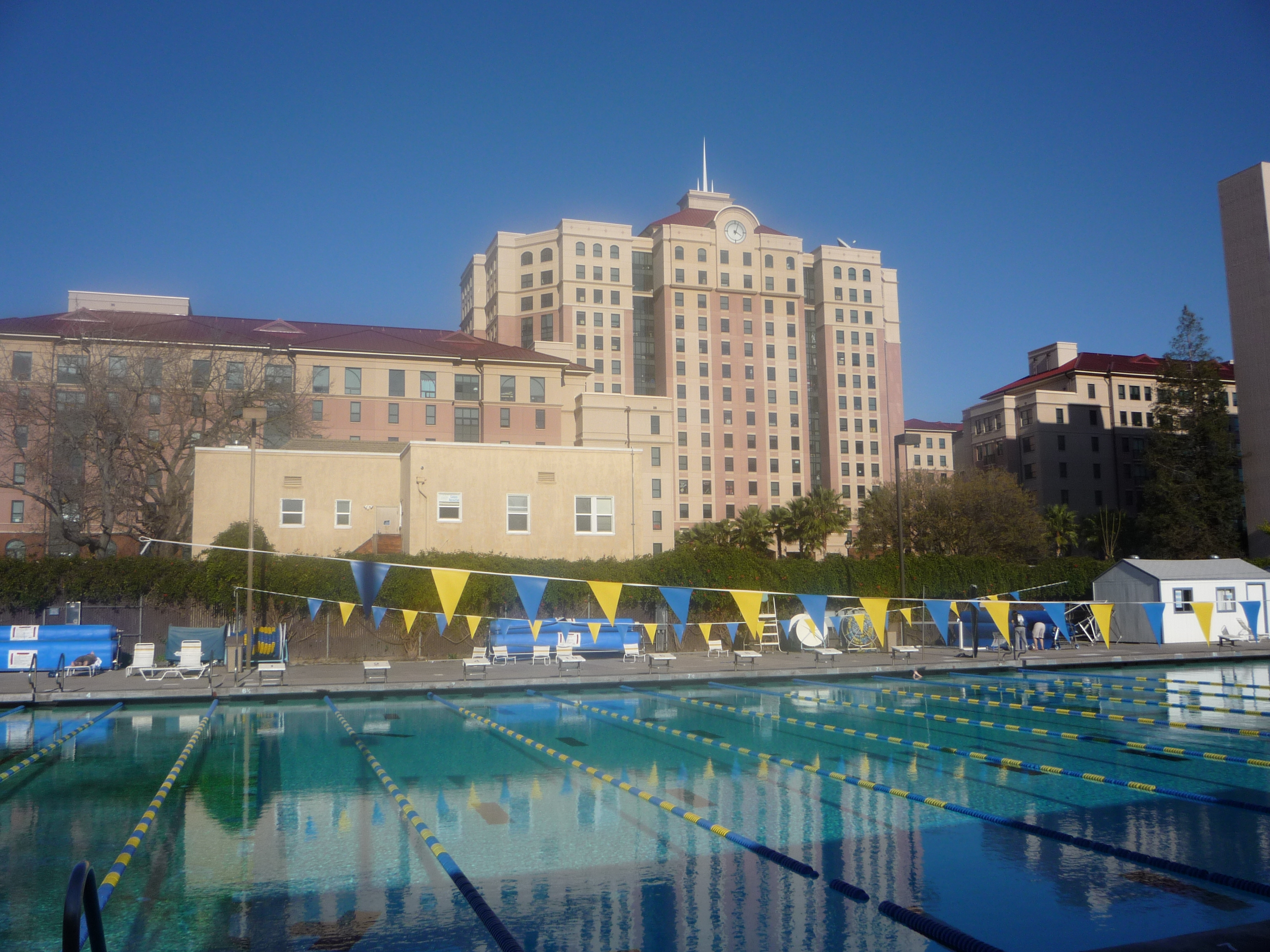 File sjsu swimming pool jpg wikipedia for San diego state university swimming pool