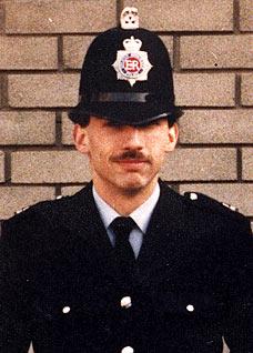 Murder of Stephen Oake UK police officer murder