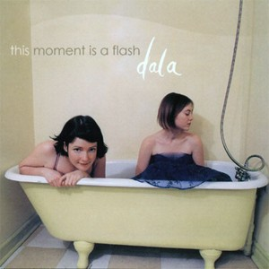 Dala-this-moment-is-a-flash