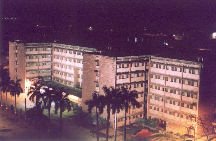 Sir Sunderlal Hospital - Wikipedia